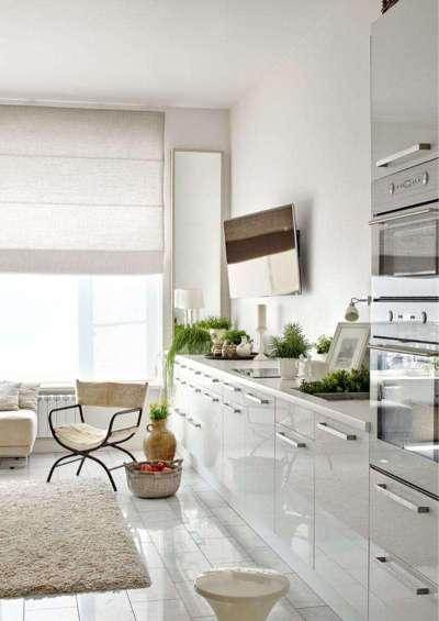 на кухне нет верхних шкафов