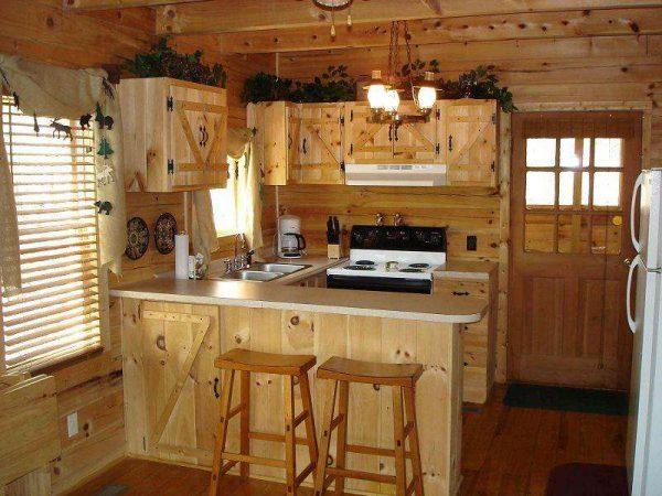 небольшая кухня из дерева своими руками