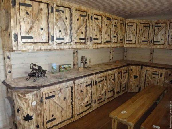 угловая деревянная кухня своими руками для частного дома