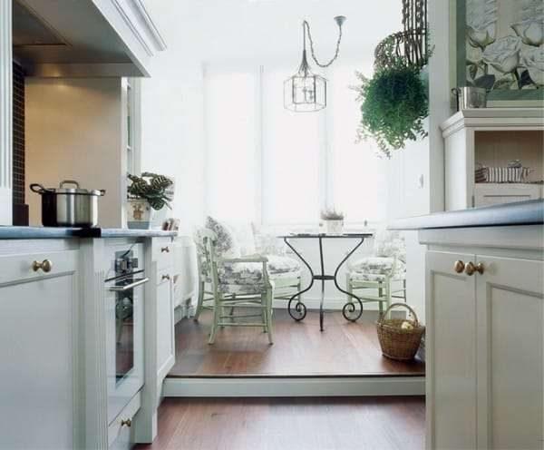 подиум на кухне на балконе или лоджии