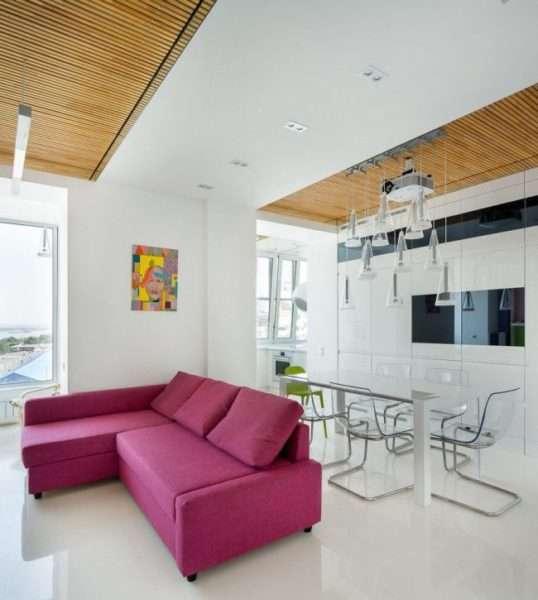 рабочая зона на балконе совмещённом с кухней
