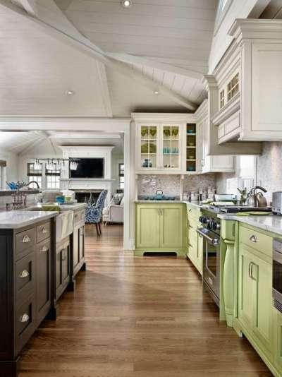 салатовые нижние шкафы на кухне