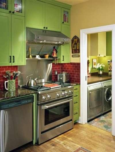 салатовый гарнитур на кухне