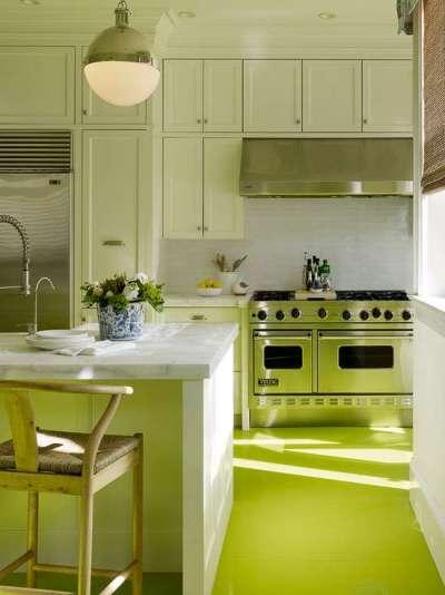 салатовые нижние шкафчики на кухне