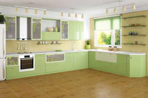 интерьер угловой кухни в салатовом цвете