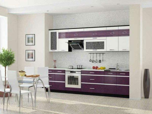фиолетовый гарнитур на кухне в стиле минимализм