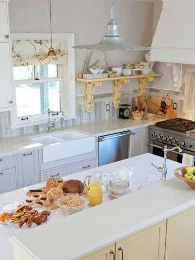 белый цвет на кухне прованс