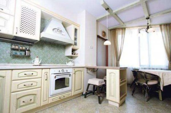 белый потолок на кухне в стиле прованс