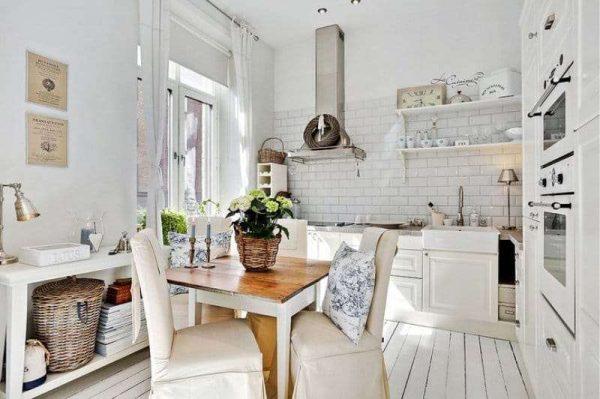 кухня в деревенском стиле прованс