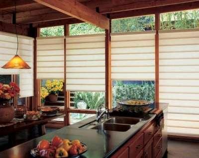 деревянные балки на потолке кухни в японском стиле