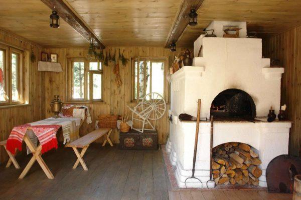 русская печь в интерьере частного дома