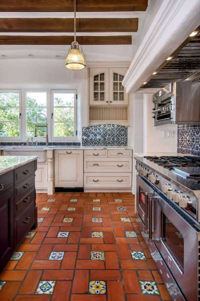 плитка на полу в интерьере кухни