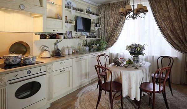 шторы для маленькой кухни с обеденным столом