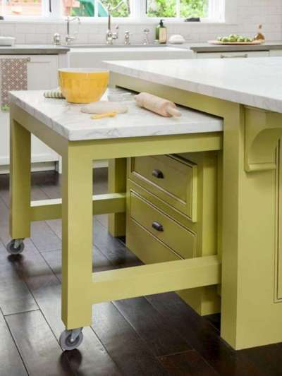 современная выдвижная мебель на кухне