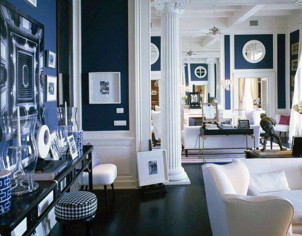 синие стены на кухне в средиземноморском стиле