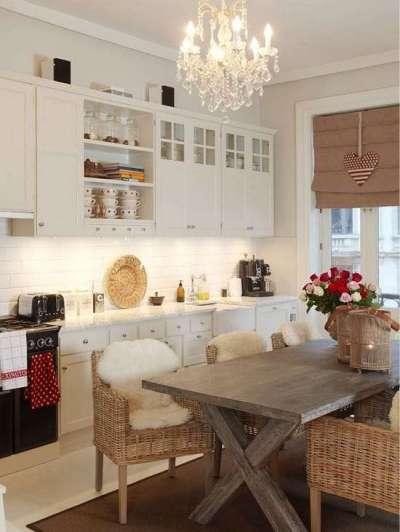 зонирование кухни столовой освещением