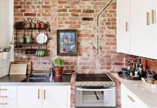 Дизайн кухни кантри с кирпичной стеной