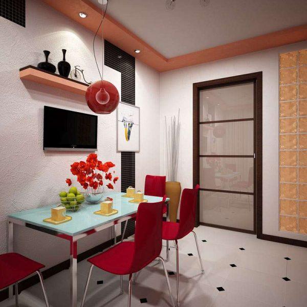 красные стулья на кухне в однокомнатной квартире