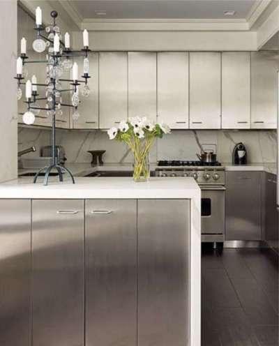 стильный светильник на кухне в стиле хай тек