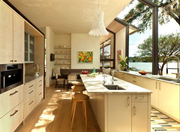 бежевый интерьер кухни модерн