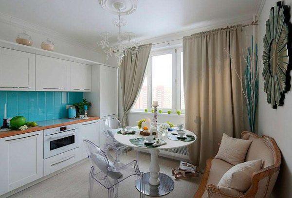 кухня-гостиная с круглым столом