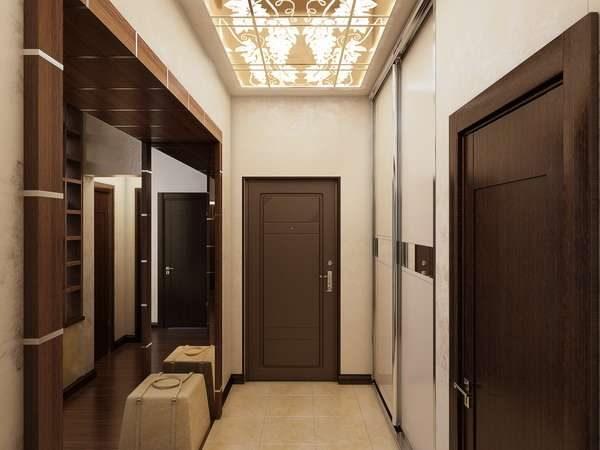 стильная лампа в интерьере узкого коридора