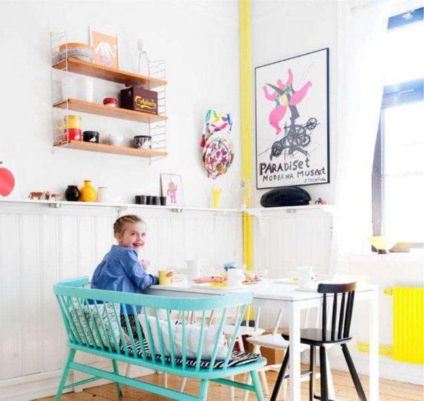 интерьер кухни с жёлтыми вкраплениями