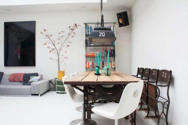 яркий декор в интерьере кухни столовой гостиной