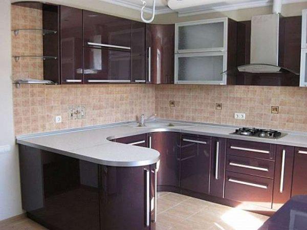 модульная кухня своими руками с фиолетовыми глянцевыми фасадами