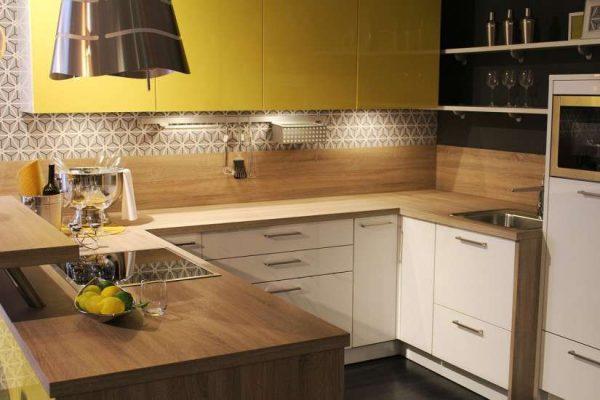 шпон на маленькой кухне