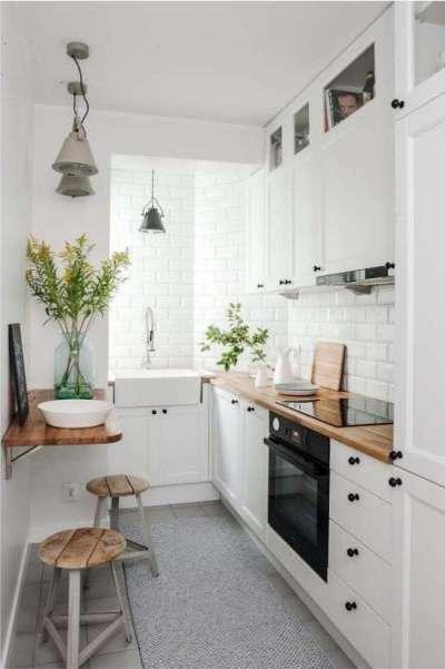 интерьер белой маленькой кухни