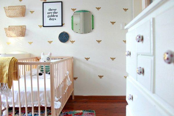 нейтральные обои для детской комнаты