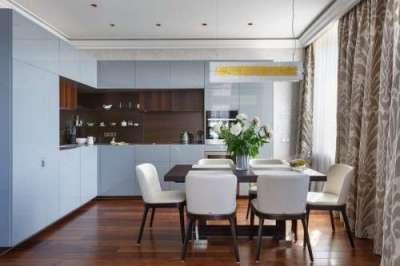 прямые шторы в интерьере кухни