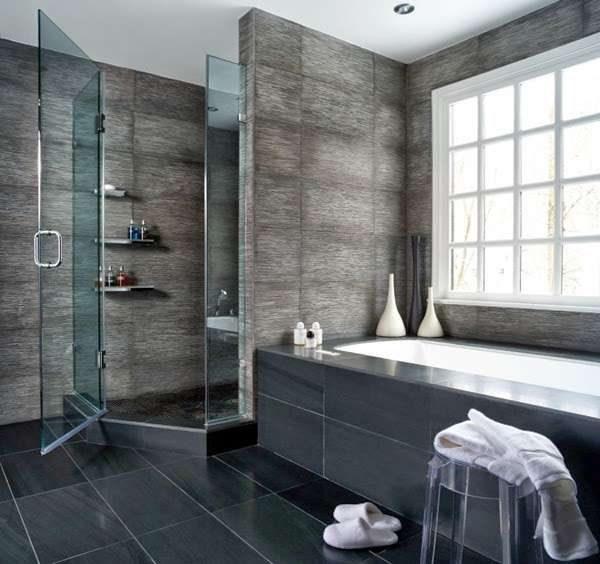 фактурная плитка в интерьере ванной комнаты