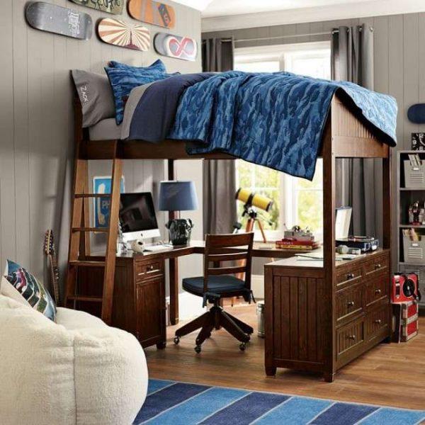 двухярусная кровать в комнате мальчика подростка