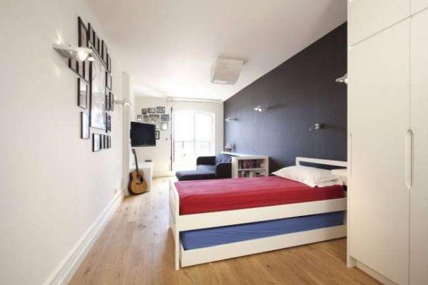 серый цвет в интерьере комнаты мальчика