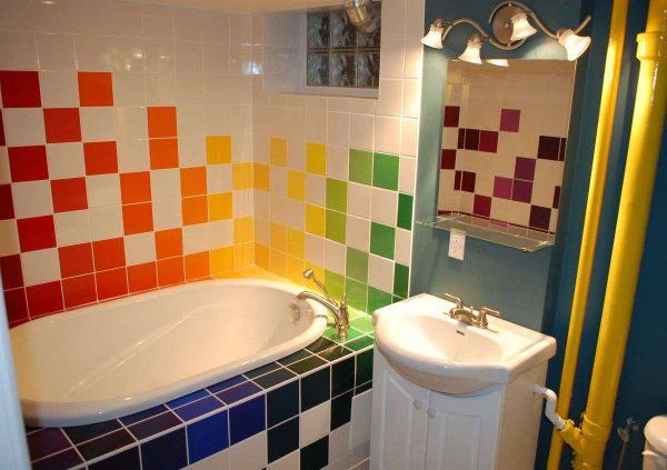 плитка в маленькой ванной комнате