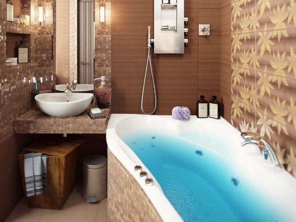 интерьер маленькой ванной комнаты с плиткой