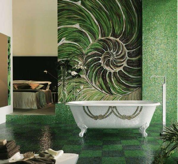 зелёная мозаика в ванной комнате