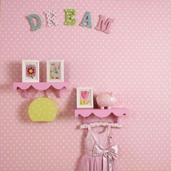 розовые обои в комнате девочки