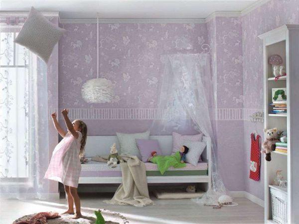 сиреневые обои в детской комнаты девочек
