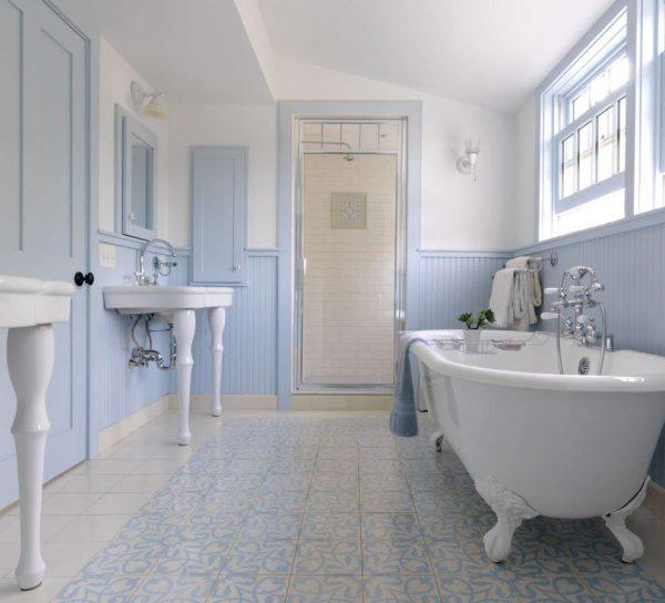 голубые панели пвх в ванной