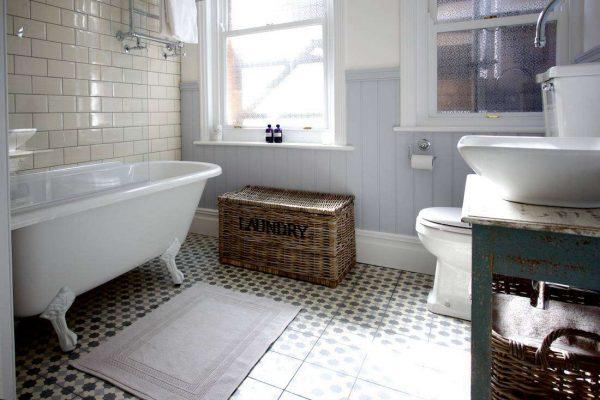 пластиковые панели серые в ванной