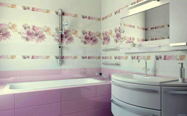 горизонтальная плитка в ванной комнате