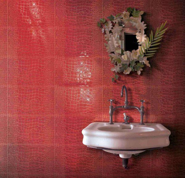 затирка красной плитки в ванной
