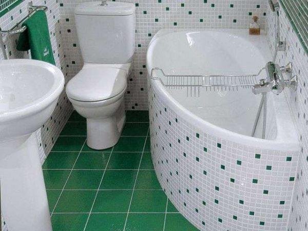 зелёная плитка и мозаика в ванной