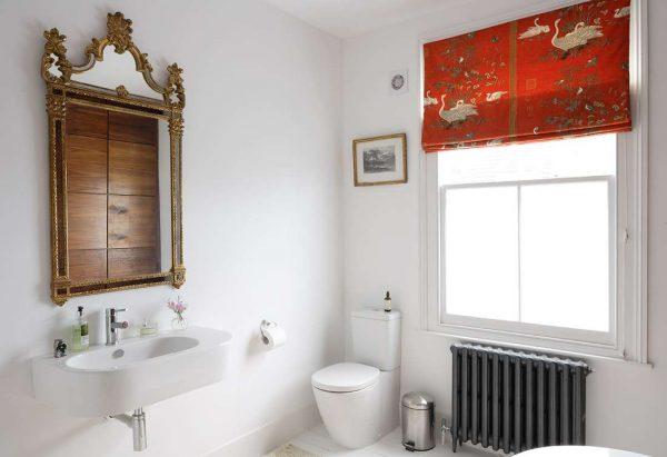белые стены в ванной