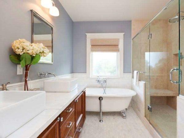 серые стены в ванной комнате