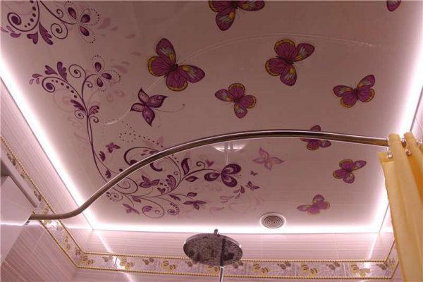 натяжные потолки с рисунком в ванной