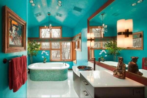 голубая краска на потолке в ванной комнате